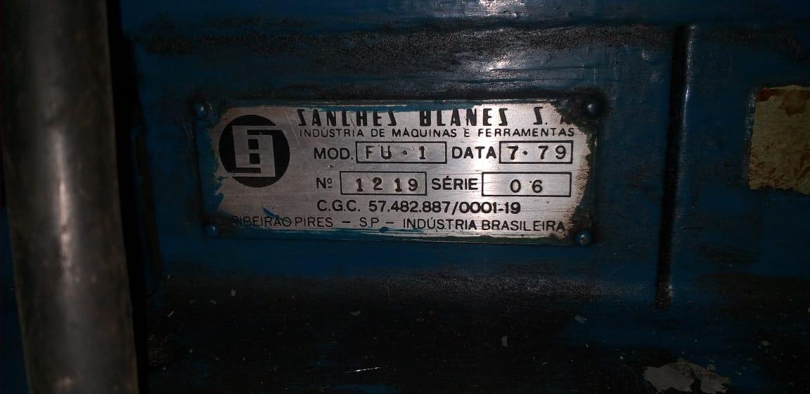 Fresadora Universal marca Sanches Blanes, modelo FU - 1  - AEG Comercial