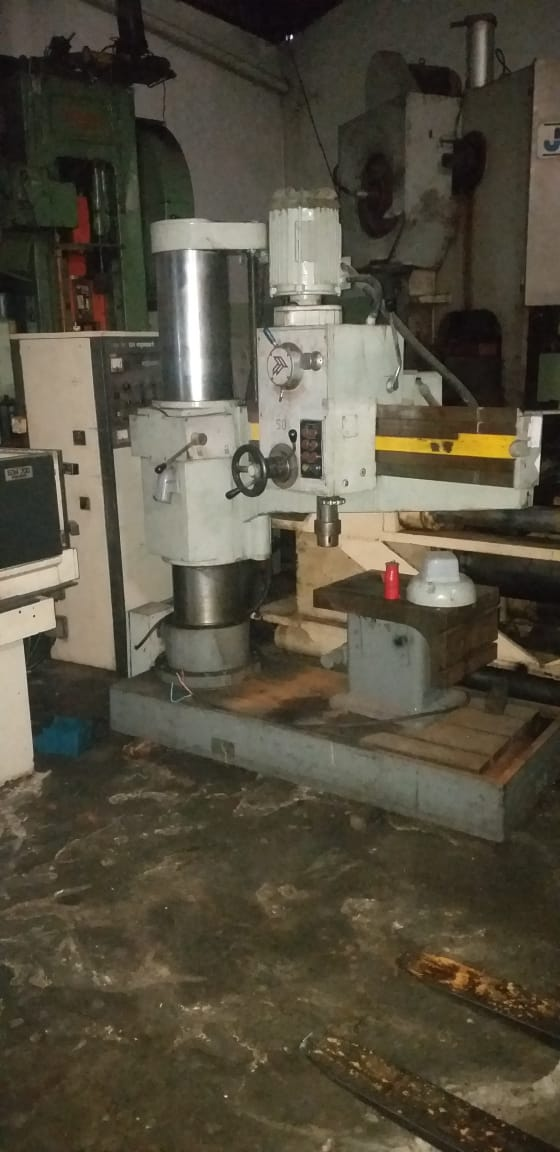 Furadeira Radial,, medidas ::: 860mm  - AEG Comercial