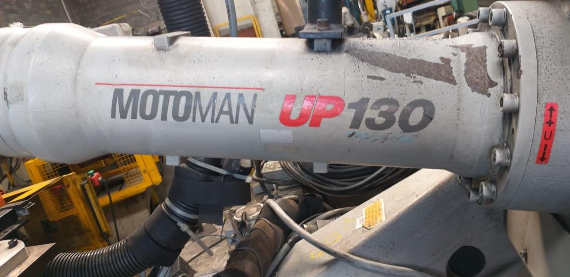 Robô de Solda Motoman UP130  - AEG Comercial
