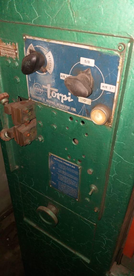Serra de Fita Vertical marca Torpi  - AEG Comercial