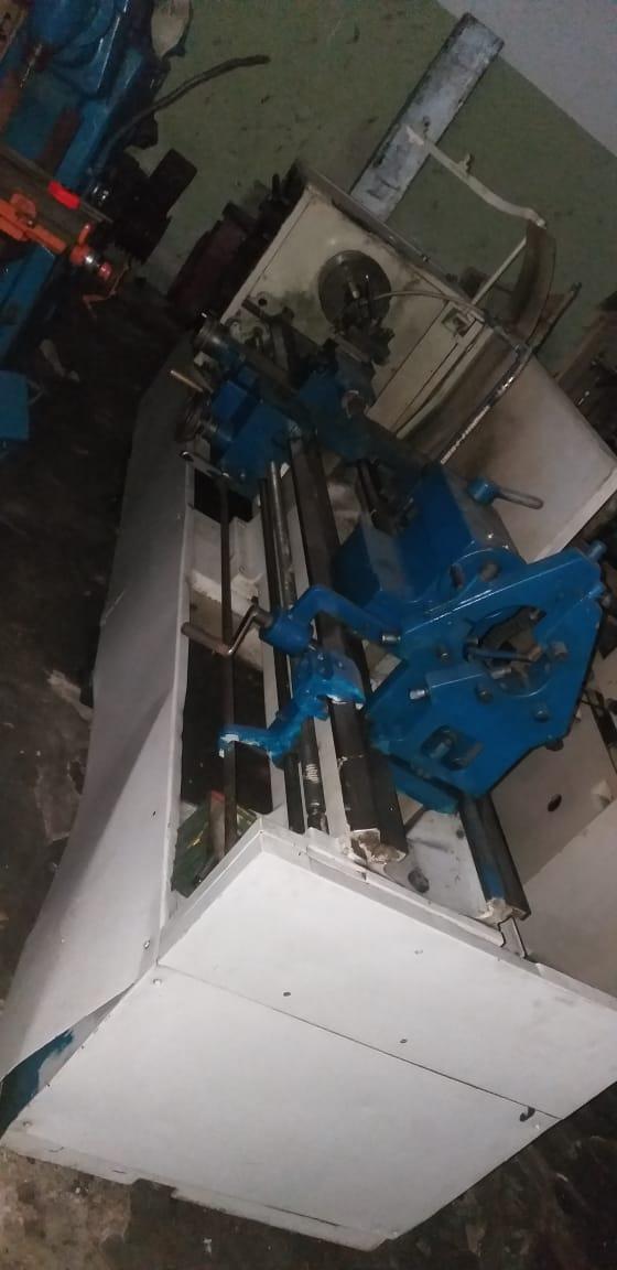 Torno Mecânico marca Romi, 2000mm entre pontas  - AEG Comercial