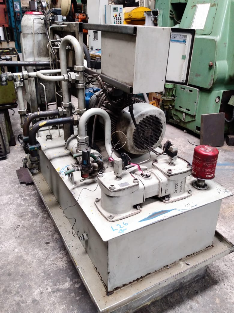 Unidade Hidráulica  Motor da bomba 25 cavalos tanque reservatório 400 litros   - AEG Comercial