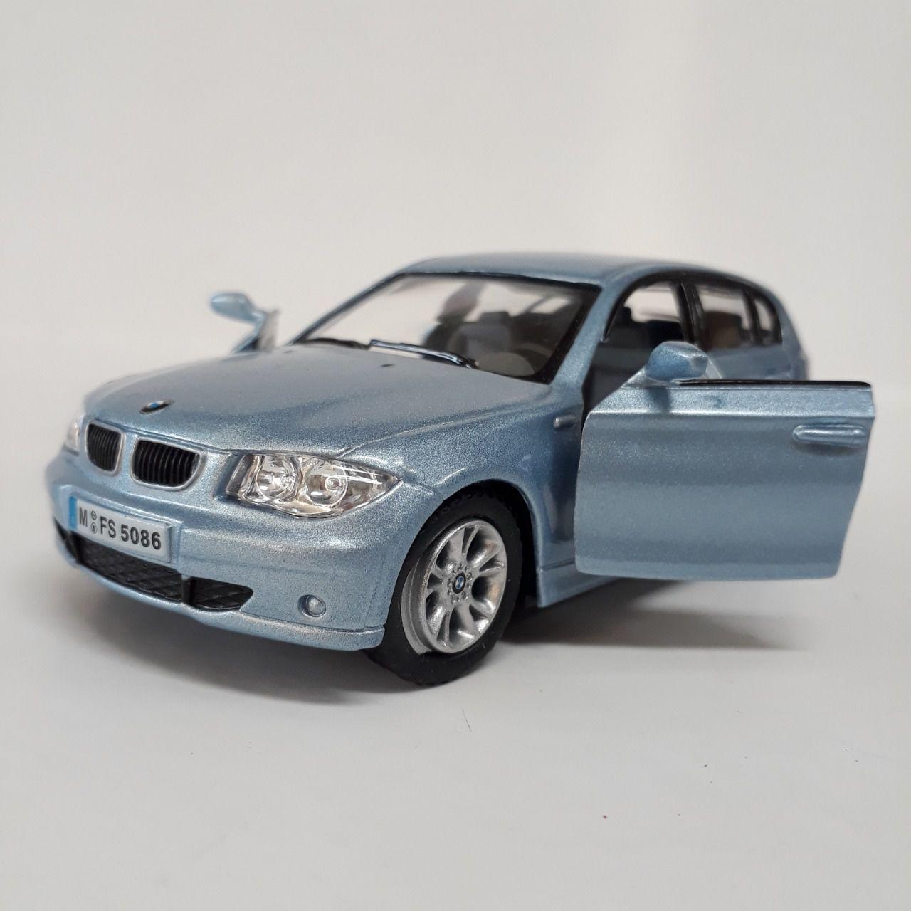BMW Azul 1 séries  - Escala 1:32