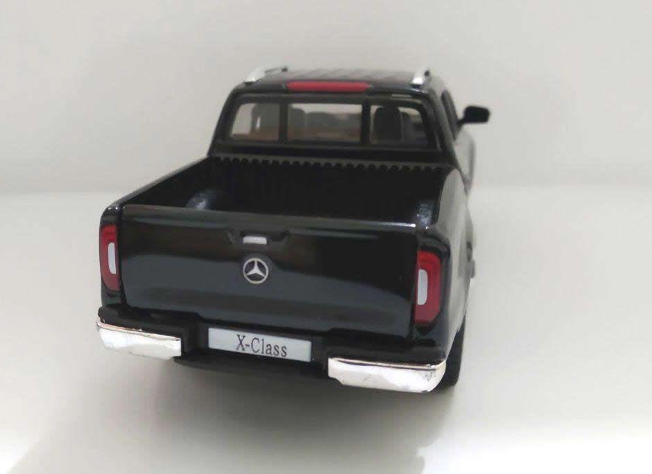 Mercedes-Benz X-Class (Picku-p) - Escala 1:32