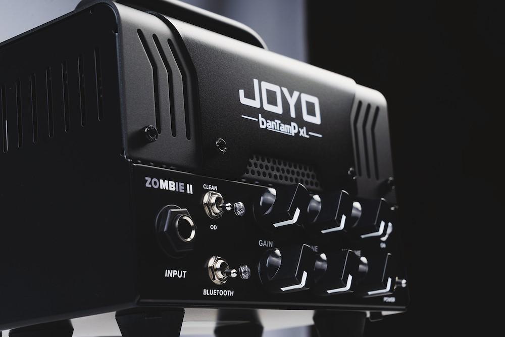 Amplificador Joyo BantamP Zombie XL pre-valvulado com footswitch