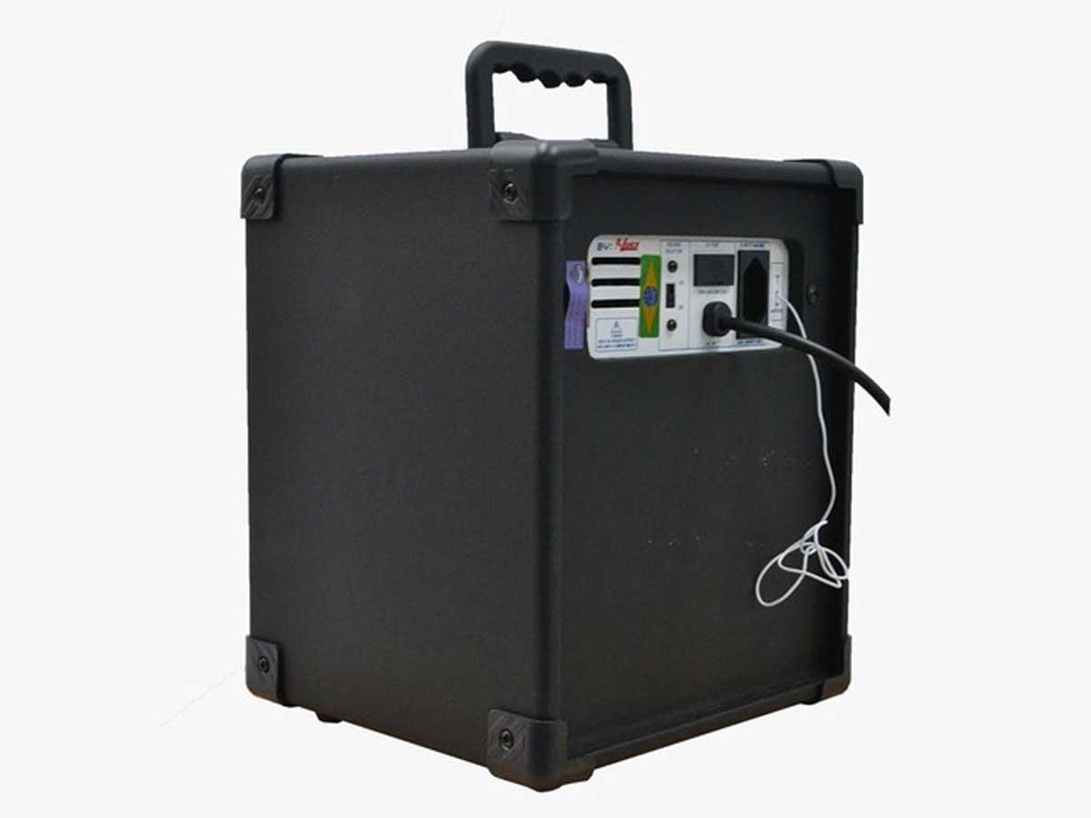 Caixa de Som Bluetooth Turbox TB 100 com entrada para Microfone