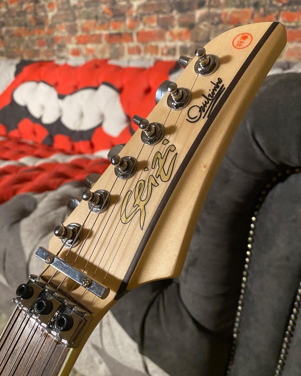 Guitarra Seizi Ozielzinho Signature Edição Limitada