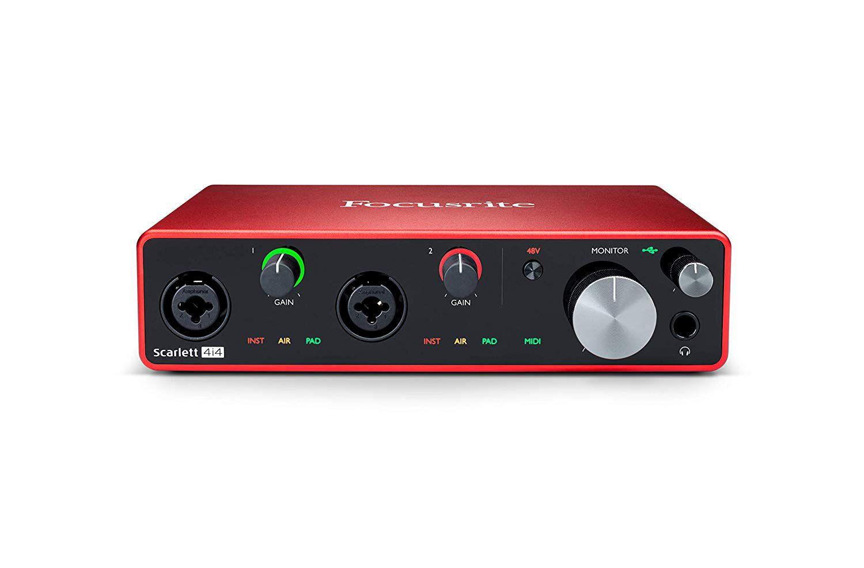 Interface de Áudio Focusrite Scarlett 4i4 - 3a Geração