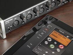 Interface de Áudio/MIDI Tascam US-4x4
