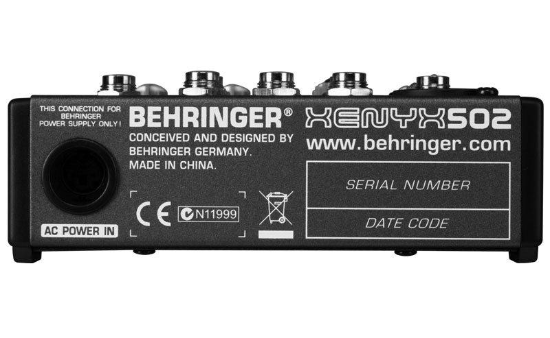 Mesa de Som Analógica Xenyx 502 - Behringer