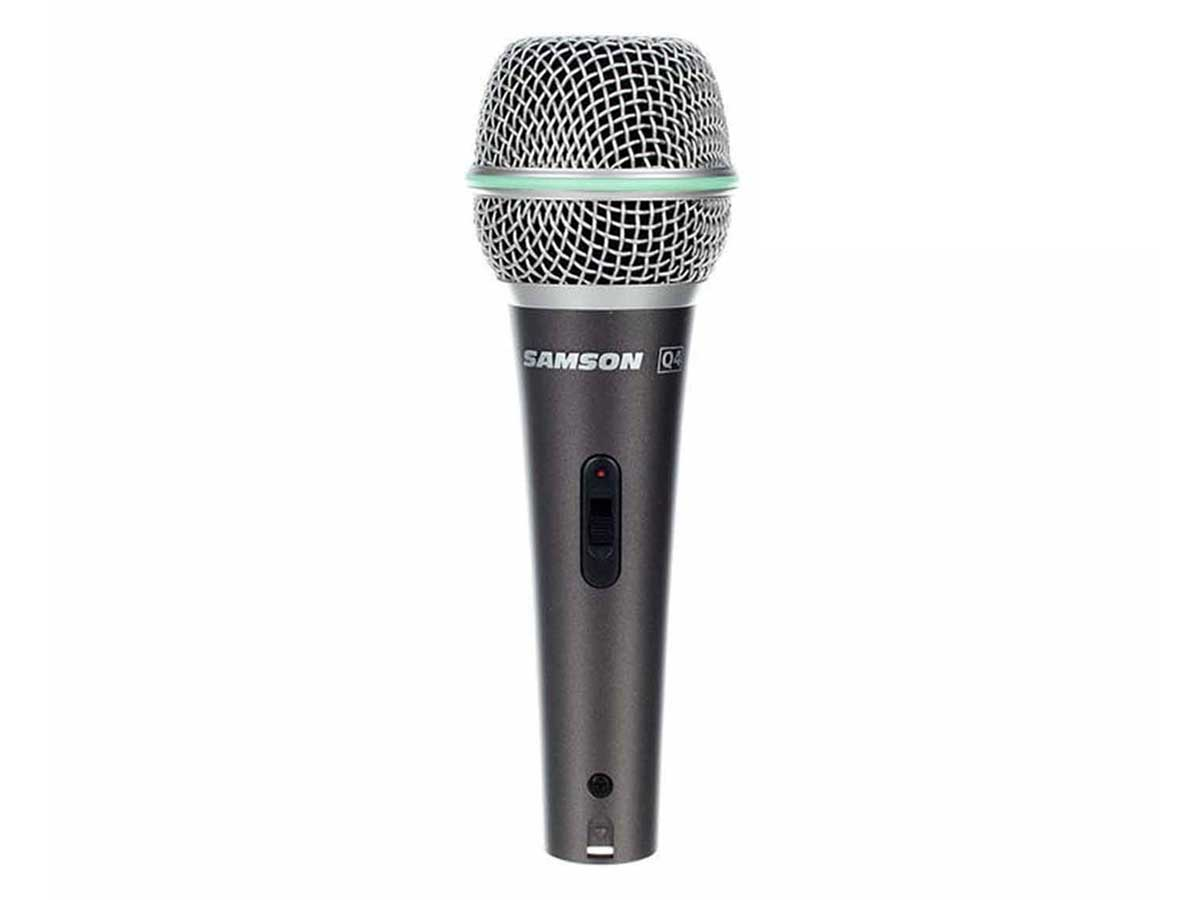 Microfone Dinâmico com Fio para uso Profissional Samson Q4