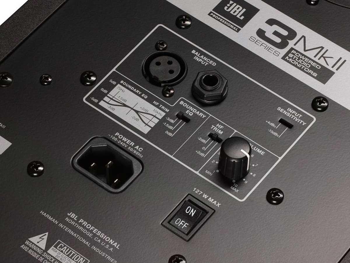 """Monitor de Referência JBL 306P MKII 6"""" Bivolt - O PAR"""