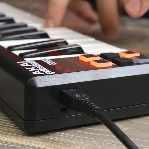 Akai Lpk25 Teclado Controlador Midi Usb Mini '