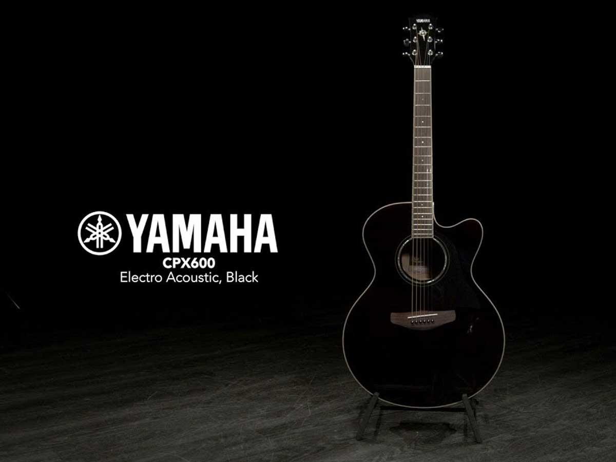 Violão Yamaha CPX 600 Eletroacústico
