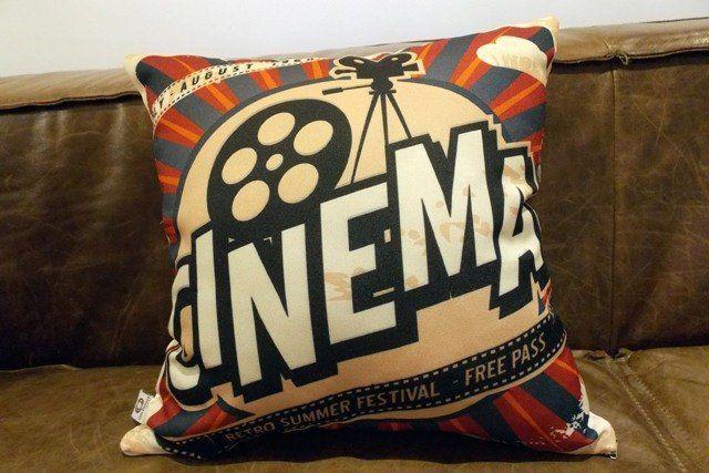 Almofada Cinema Retro 40x40cm Cosi Dimora