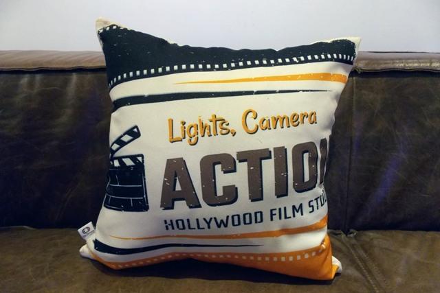 Capa de Almofada Cinema Action 40x40cm Cosi Dimora