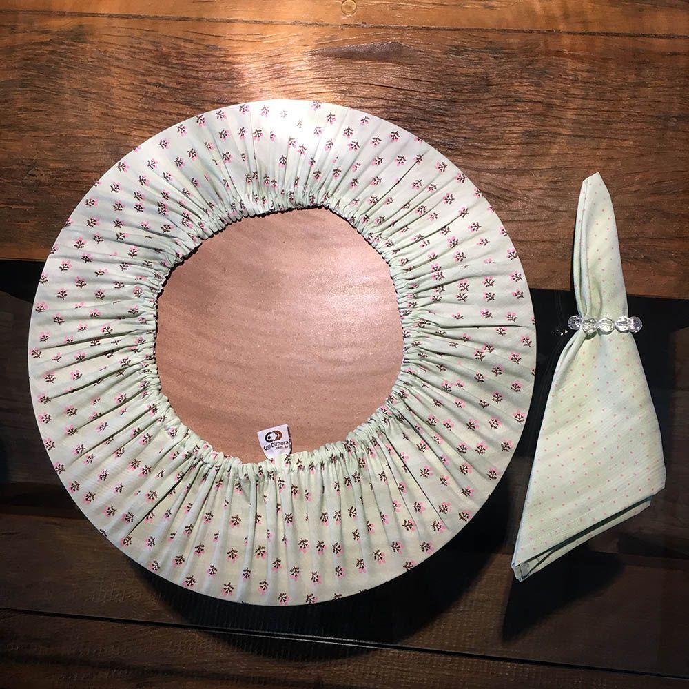 Sousplat Redondo 35cm com Guardanapo 45x45cm e Porta Guardanapo Verde e Rosa