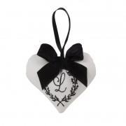 .Mini Coração em Tecido Bordado 10x11cm