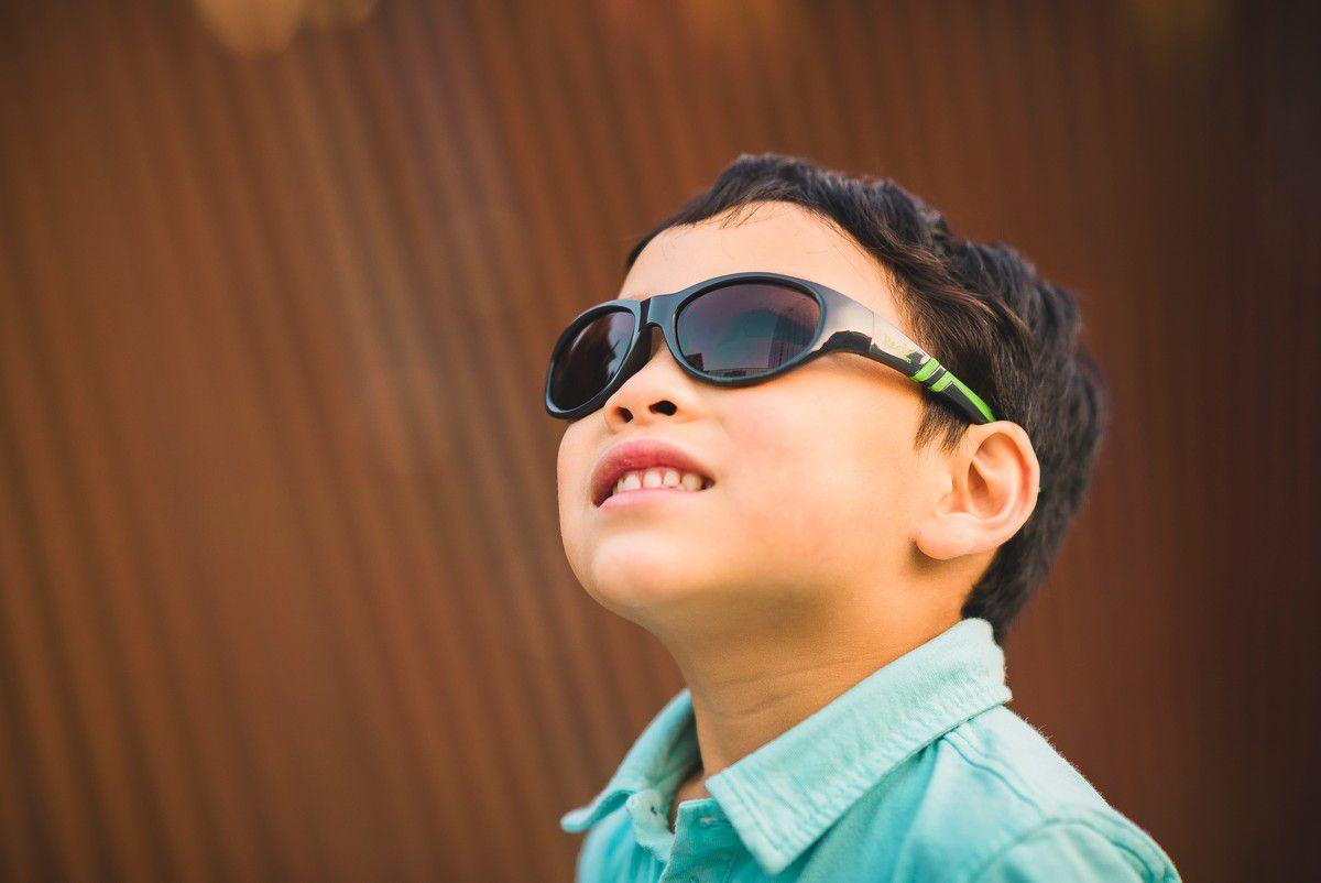 Óculos de Sol Discover Grafite e Verde Real Shades