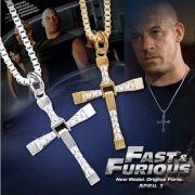 Colar de pingente de Cruz Personagem Dominic Toretto Velozes e Furiosos