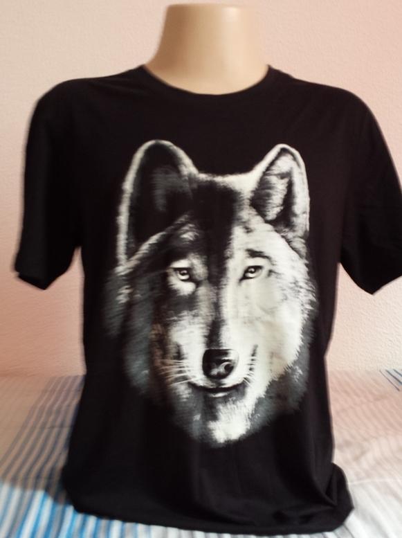 Camisa Luminosa 3D Lobo Brilha no escuro Preta