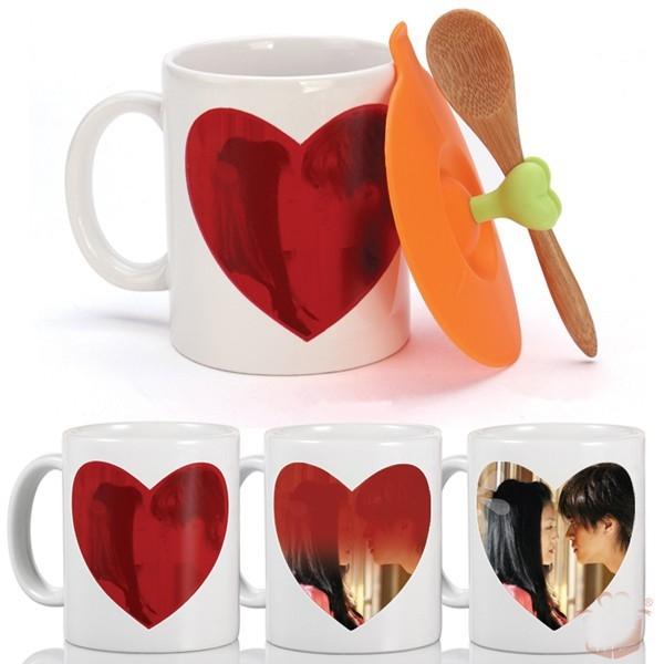 Caneca de Cerâmica Mágica Coração Vermelho 330ml Personalizada