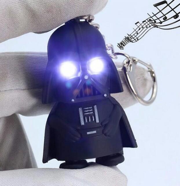 Chaveiro com LED e Som 2016 Star Wars Darth Vader