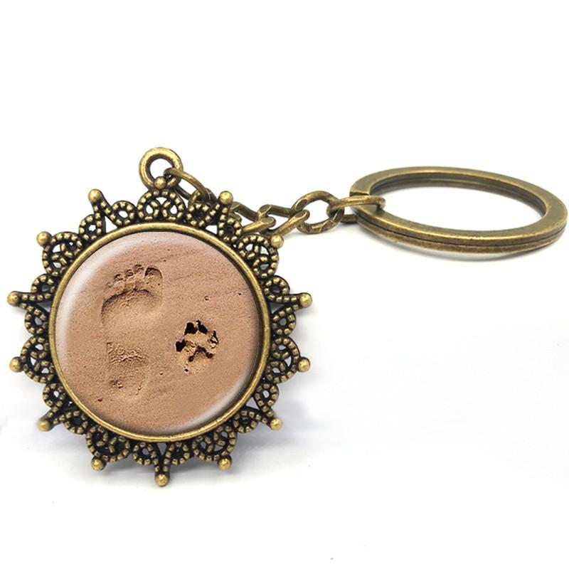 Chaveiro Pegada do Dono e Pata Pegada Cão Amado de Bronze Antigo Presente