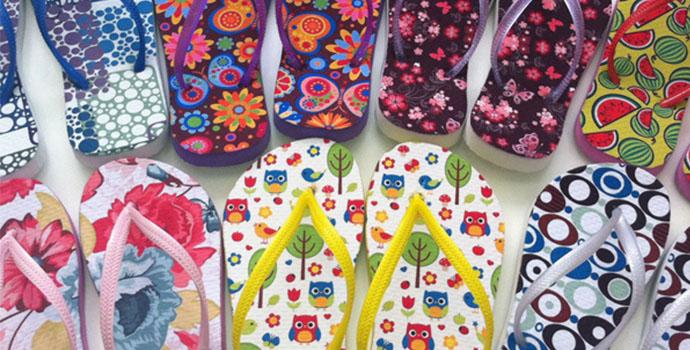 Chinelo e Tira Tradicional em várias cores com Tecido Branco Personalizado