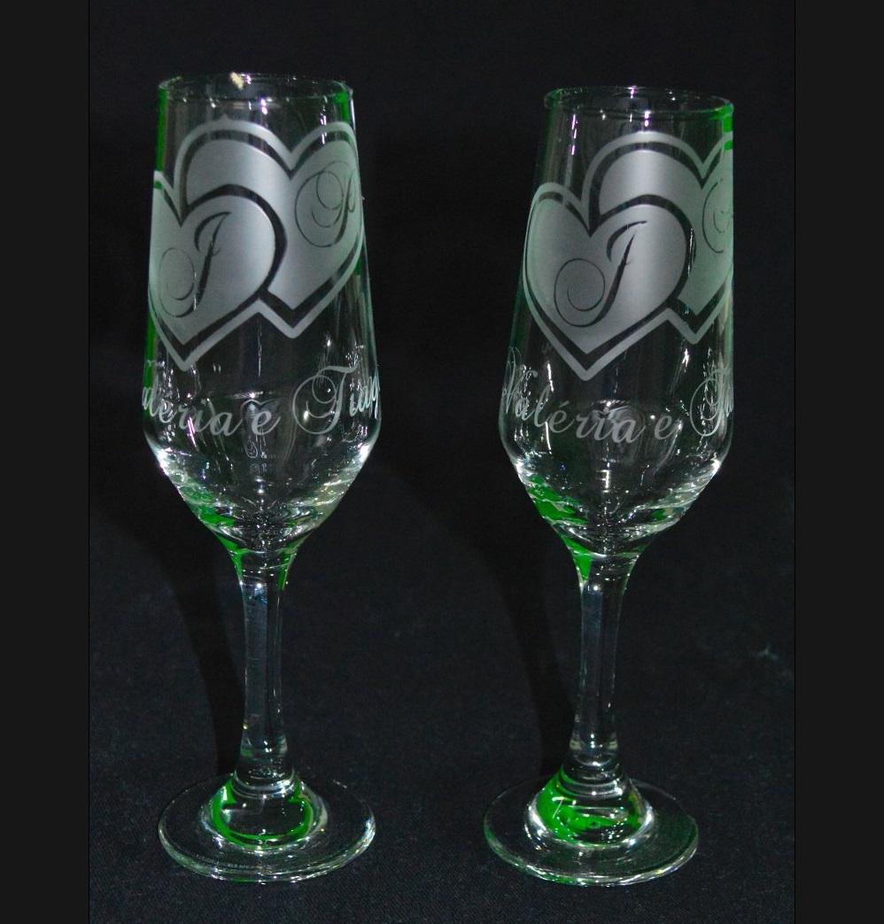 Copos e Taças de vidro transparente personalizadas jateadas