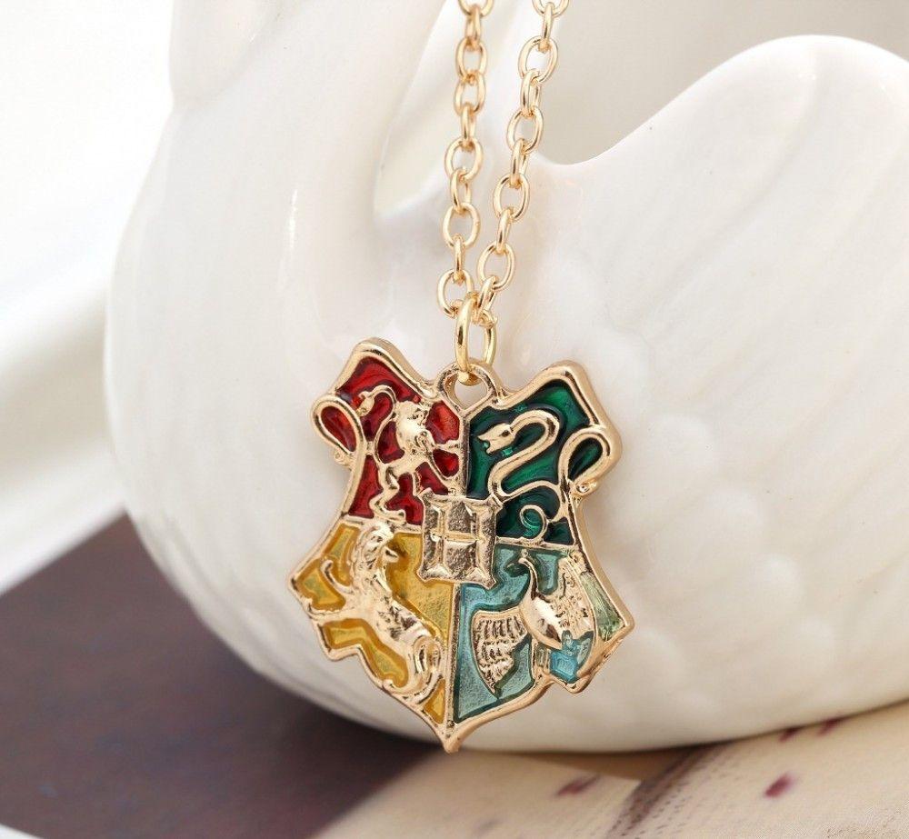 Cordão Colar Harry Potter emblema escola de magia e bruxaria Hogwarts
