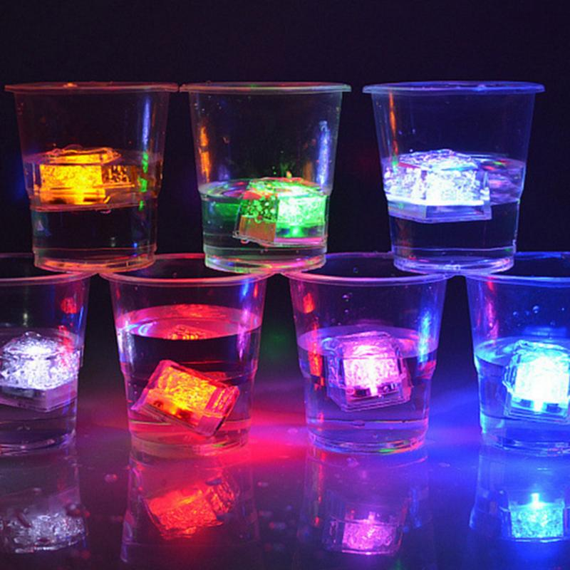 Cubo de gelo que acende brilho LED novidades para festas em geral