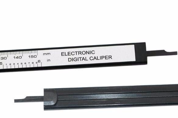 Paquímetro Digital Eletrônico 6 Polegadas 150 Milimetros