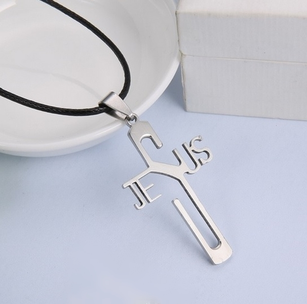 Pingente de cruz de aço inoxidável com Nome JESUS
