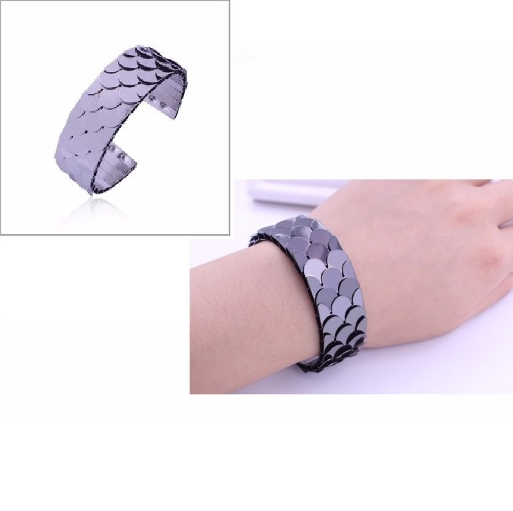 Pulseira Bracelete Escamas de Peixes para Mulheres de Liga