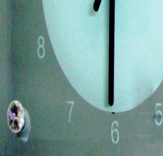 Relógio de Mesa em Vidro 20x20cm Espelhado Personalizado