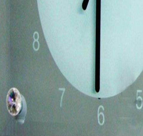 Relógio de Vidro Temperado Espelhado 30x16cm Personalizado