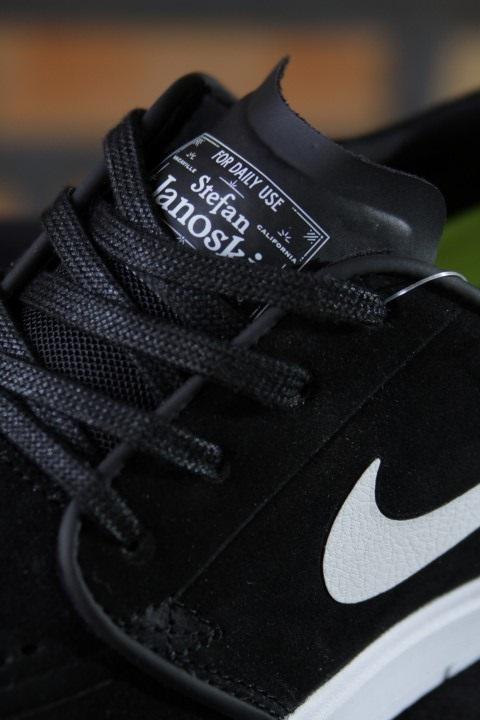 Tênis Nike SB - Stefan Janoski Hyperfeel Black/White  - No Comply Skate Shop
