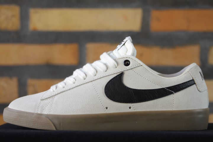 Tênis Nike SB - Blazer Low GT Ivory/Black-Gum  - No Comply Skate Shop