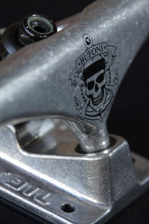 Truck Crail Hi 142 Letícia Bufoni Silver  - No Comply Skate Shop