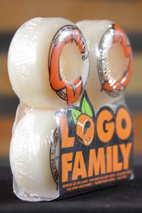 Roda OJ - Logo Family White 54mm  - No Comply Skate Shop