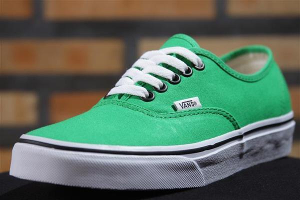Tênis Vans - U Authentic Bright Green/Black  - No Comply Skate Shop