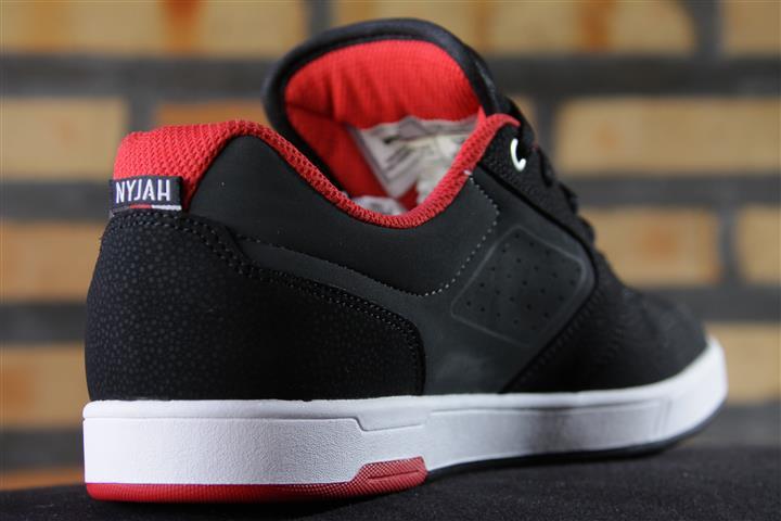 Tênis DC Shoes - Nyjah Black/Grey/Red  - No Comply Skate Shop