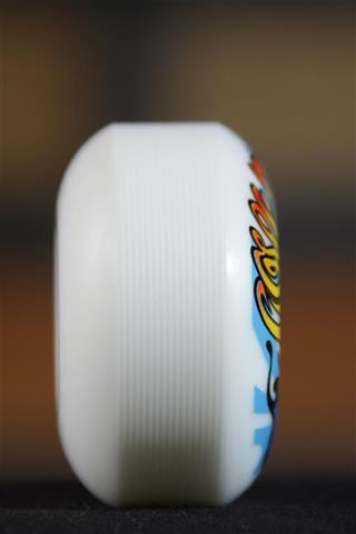 Roda Flip - Love Shroom 54mm  - No Comply Skate Shop