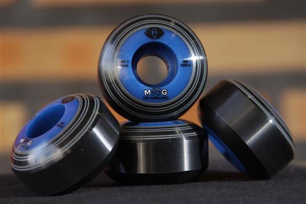 Roda Moog - Records Dual Core Blue Cat 51mm  - No Comply Skate Shop