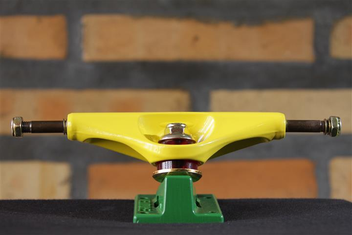 Truck Venture Marquee Rasta 5.25 Hi  - No Comply Skate Shop