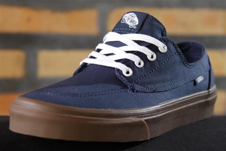 Tênis Vans - U Brigata (Gumsole) Dress Blues  - No Comply Skate Shop