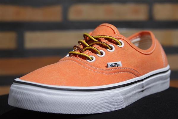 Tênis Vans - U Authentic Vibrant Orange (Washed)  - No Comply Skate Shop