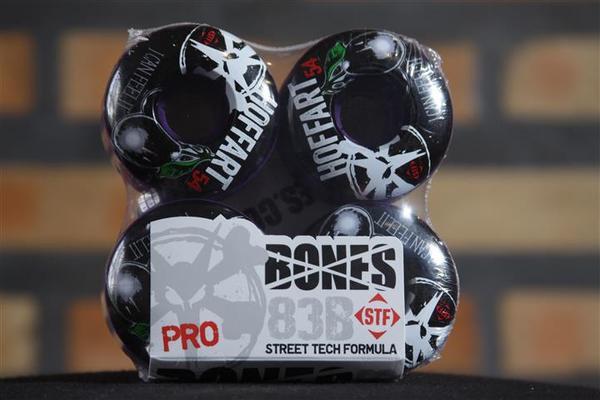 Roda Bones - STF Streettech V3 Hoffart Blue Hue 54mm  - No Comply Skate Shop