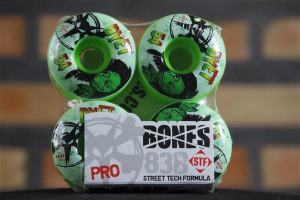 Roda Bones - STF Streettech V1 Dyet Rasta Green 54mm  - No Comply Skate Shop